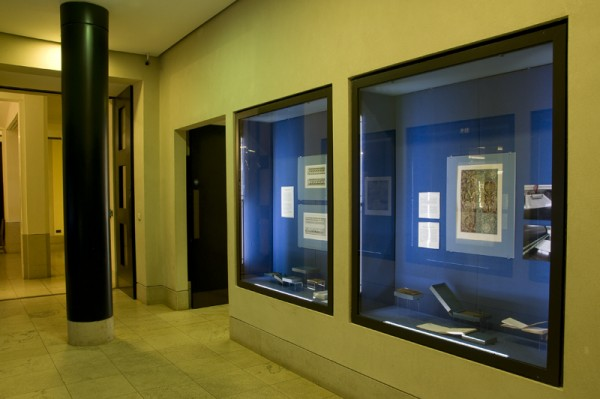 """""""Old Masters: New Masters"""" 2009: general view of the display (copyright © 2009 Edinburgh College of Art)"""
